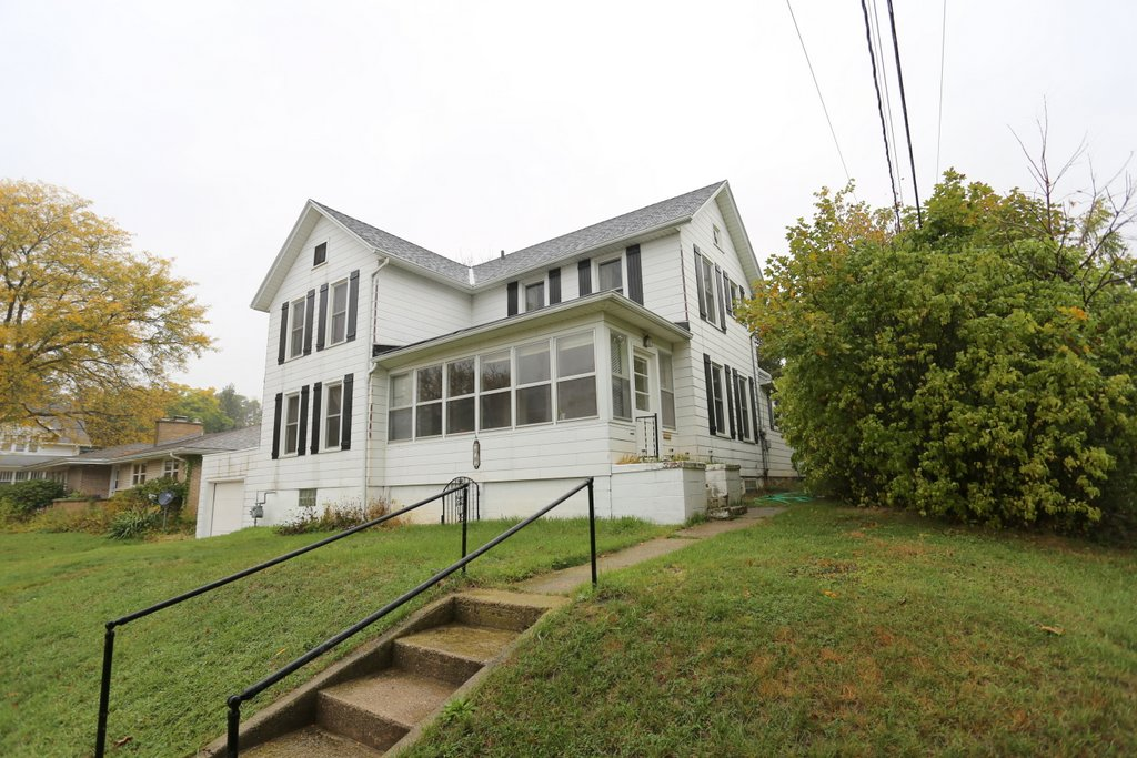 212 2nd Ave New Glarus, WI