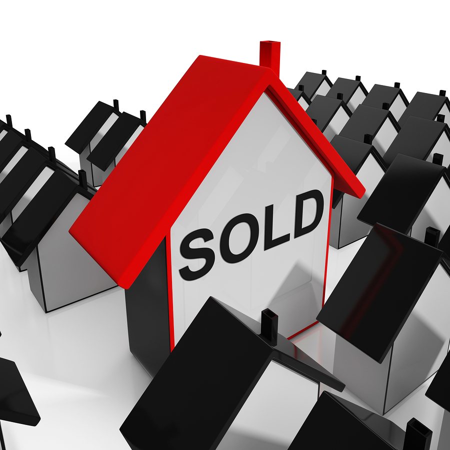 Sold House Shows Purchase Or Auction Of Home